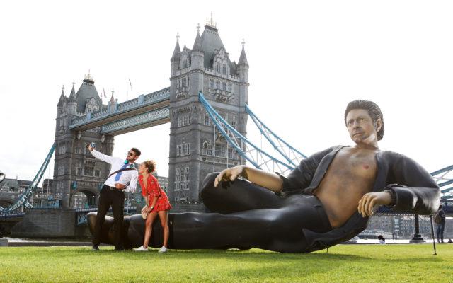 25ft statue of Jeff Goldblum's torso